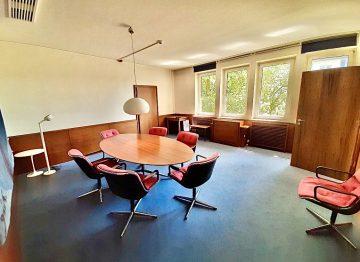 Einladender Veranstaltungsraum im historischen IHK-Gebäude, 42651 Solingen, Bürohaus